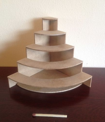 Its made for miniatures but would be a good and sturdy corner shelf for a craft stall