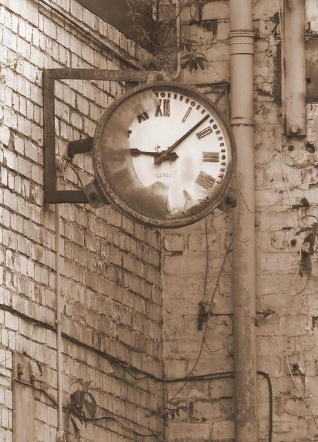 Sepia Clock