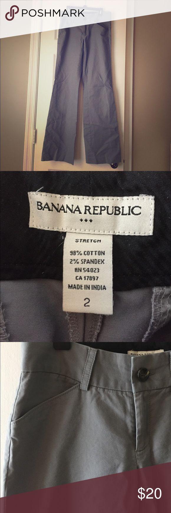 Women's Banana Republic Wide-Leg Trousers Medium gray wide-leg stretch trousers. Like-new condition. Banana Republic Pants Trousers