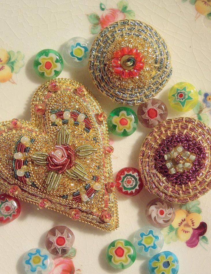 Royal School of Needlework: Goldwork Millefiore Brooches