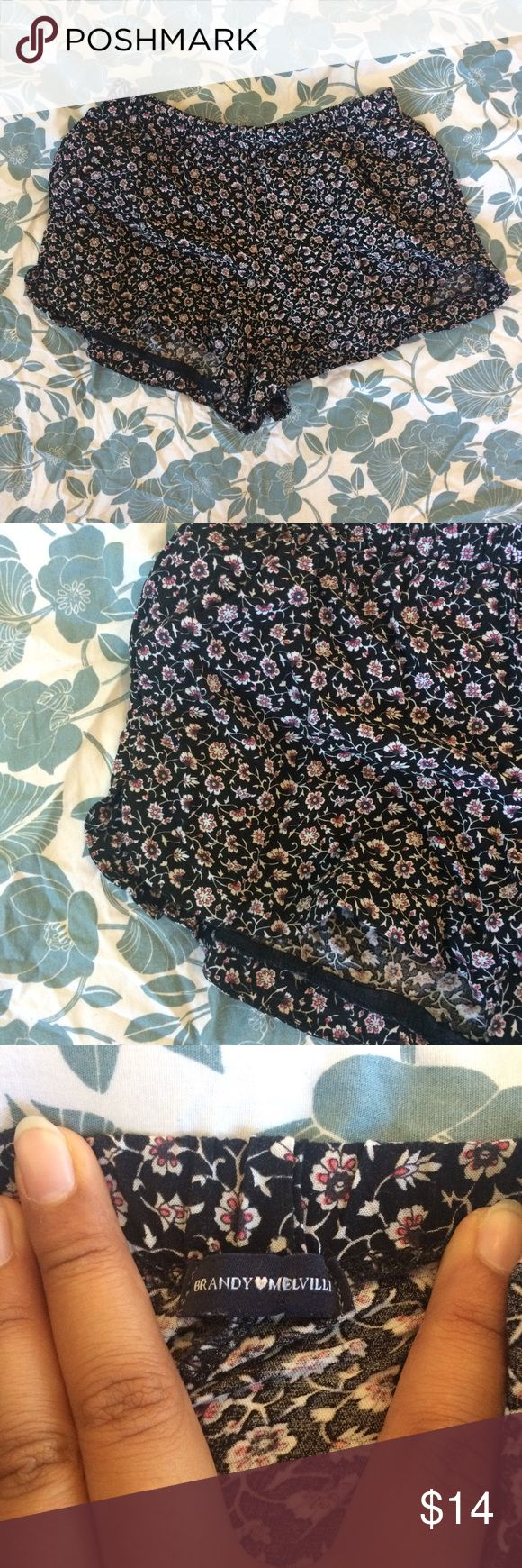 (XS-M) NWT Brandy Melville Floral Zadie Shorts Brandy Melville floral zadie shorts - one size fits most but would generally fit an extra small to medium best  New with tags!  All purchases come with brandy melville stickers  Comes from a smoke free and pet free home  Bundle and save! Brandy Melville Shorts