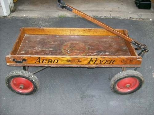43 best images about little red wagon on pinterest for Things to do with old wagon wheels