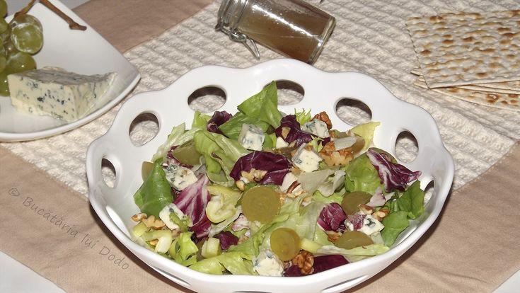 Salata cu gorgonzola
