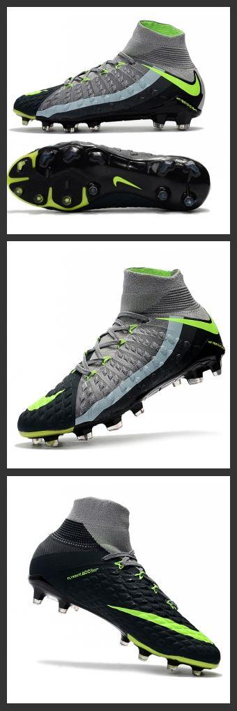 le Scarpini Calcio Nike Hypervenom Phantom 3 FG ACC Grigeo Nero Verde dispongono di un misto di tacchetti a forma esagonale e chevron per una migliore trazione rotazionale e laterale su terreni naturali compatti.