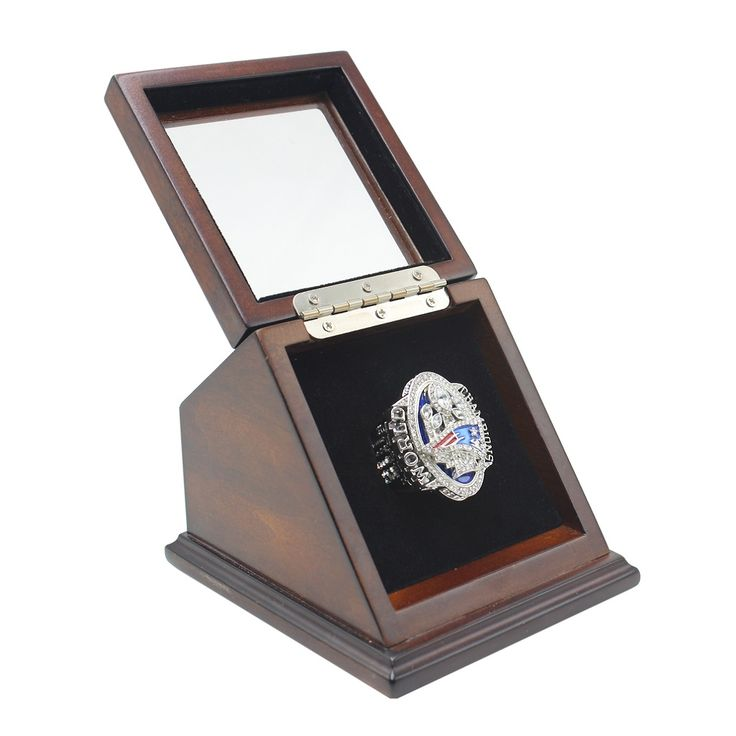 NFL 2016 Super Bowl LI New England Patriots Championship Replica Fan Ring with Wooden Display Case is the thing to memorize that great time in NFL 2016 Season for New England Patriots and Tom Brady who gain the forth Super Bowl MVP within his career.