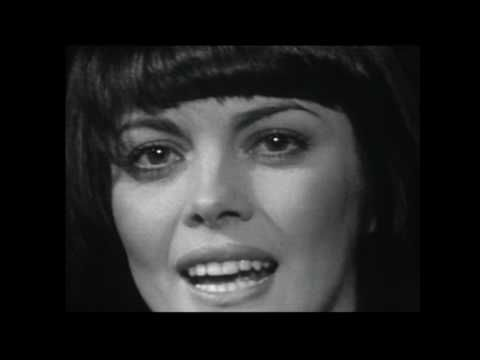Mireille Mathieu - Une histoire damour (Love story) - YouTube