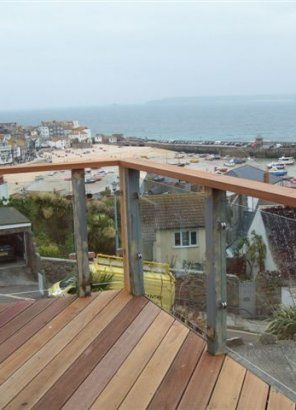 .: Plymouth glass balustrade & balcony supplier & installer :: Plymouth Glass & Glazing:.