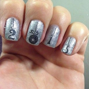 And 2015 can be embellished up to! | 23 Ideas For Amazing New Year's Eve Nails