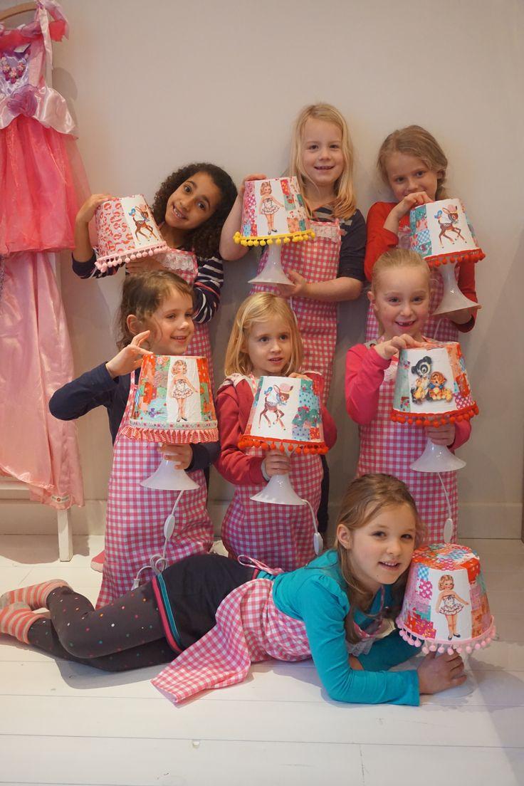 Vintage lampje pimpen. Kinderfeestje bij Pink Cherry. www.pink Cherry.nl