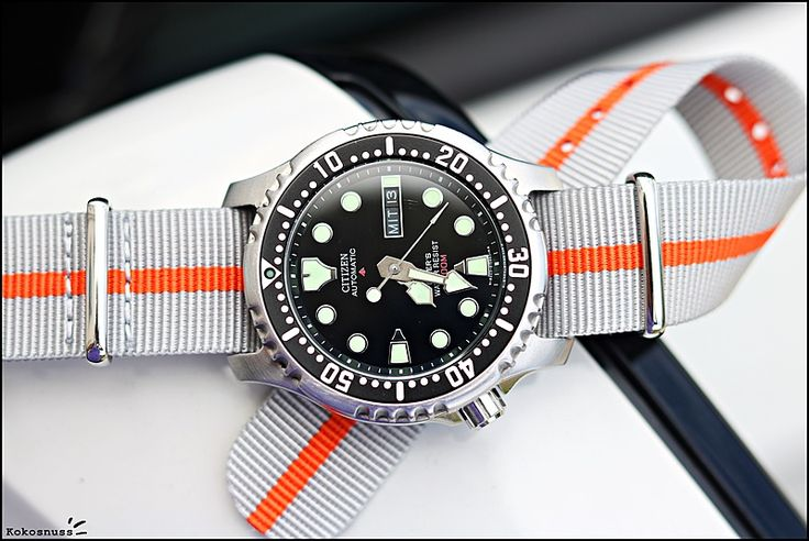 Cool diver and nato strap combo