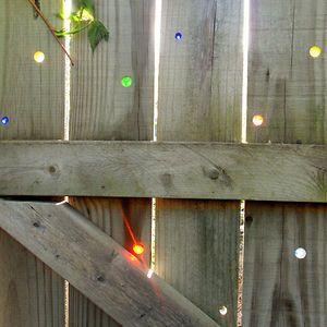 Marble Fence Decor | Bored Panda