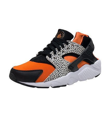 NIKE+Nike+Huarache+Run+Safari+sneaker+Kid's+low+top+shoe+Lace+up+closure+Textured,+printed+upper+Signature+NIKE+Huarache+circle+logo+detail+Cushioned+inner+sole+for+comfort+Traction+rubber+outsole+for+ultimate+performance