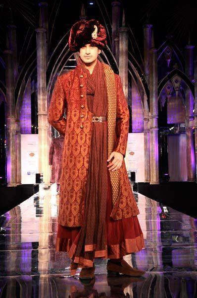 Grand Finale of Indian Bridal week 2012 | Tarun Tahiliani collection #IndianFashion