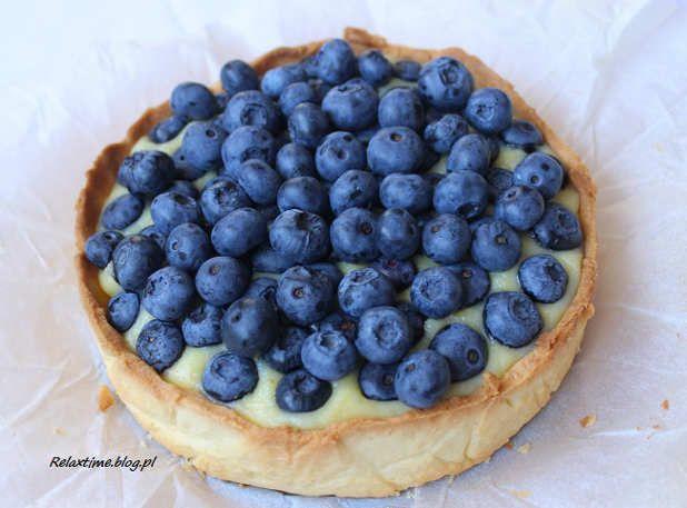 Tarta z biała czekolada i borówkami (2)