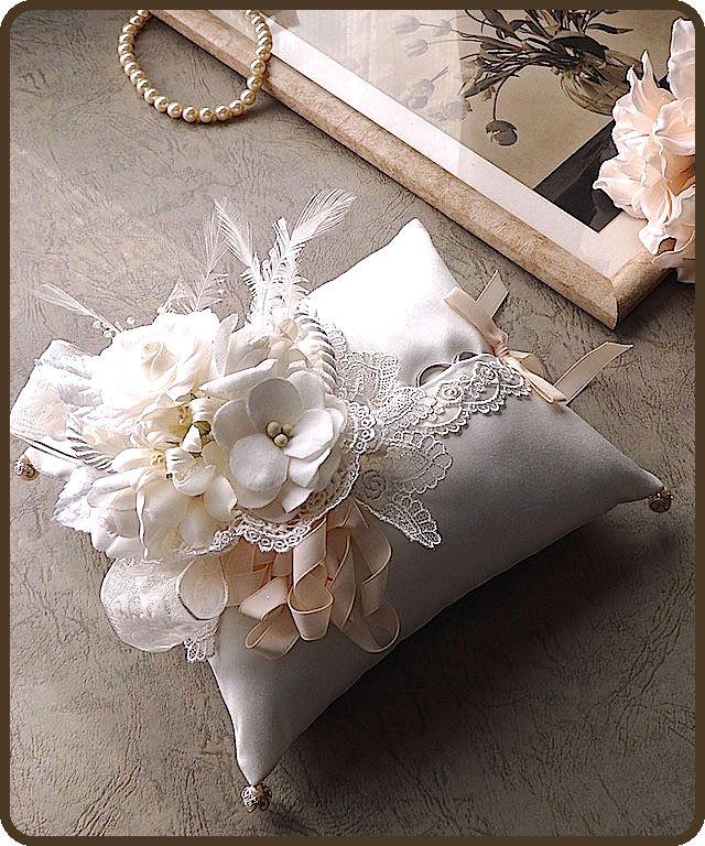 ateliersarah's ring pillow   Supernatural Style   https://styletrendsblog.blogspot.co