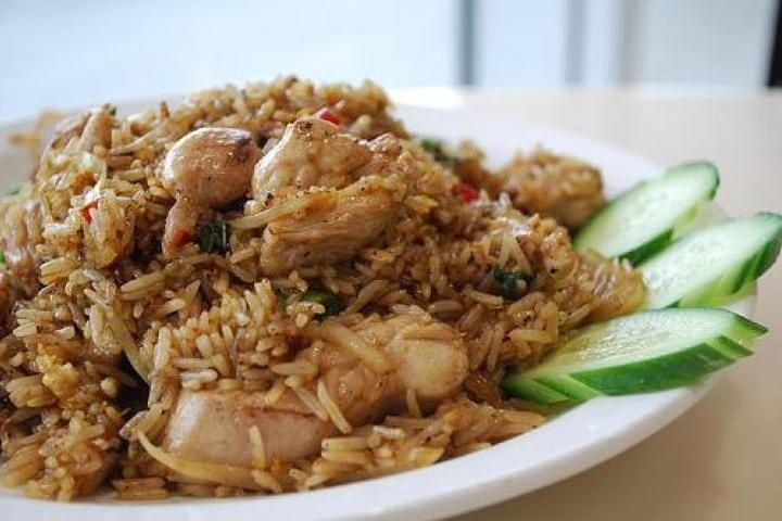 Thai Spicy Basil Chicken Fried Rice - This is so delicious and easy to make too!
