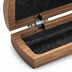 Made of oiled oak, lined with felt. The halves are fastened with stiffly sprung hinges made of nickel plated steel. - Oak Pen and Pencil Case