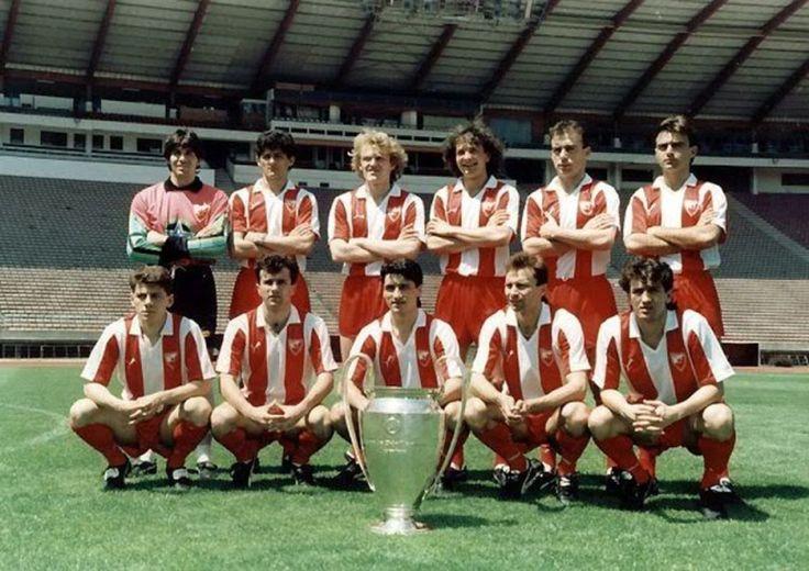 Estrella Roja de Belgrado (serbio: Fudbalski klub Crvena Zvezda Beograd; serbio cirílico: Фудбалски клуб Црвена звезда Београд) 1990/91. Campeón de Europa de Clubes.