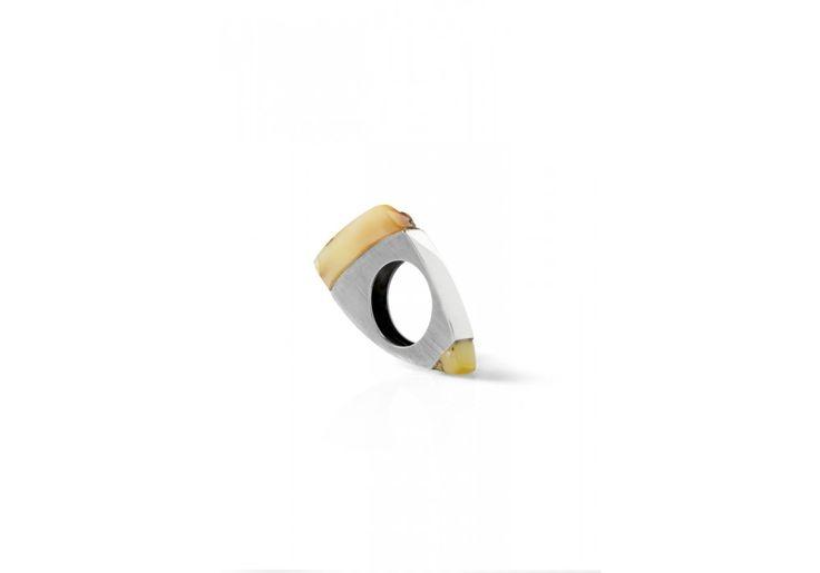 Srebrny pierścionek z bursztynami - 100palcow.com