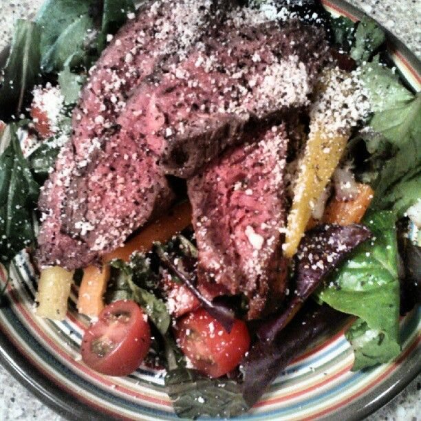 @GingerSnap_23's sweet pepper sirloin salad! Clean Eating.Food Cleaning, Mmm Mmmm, Eating Recipe, Eating Cleaning, Healthy Eating, Living Well, Gingersnap 23 Sweets, Cleaning Eating, Food Mmm