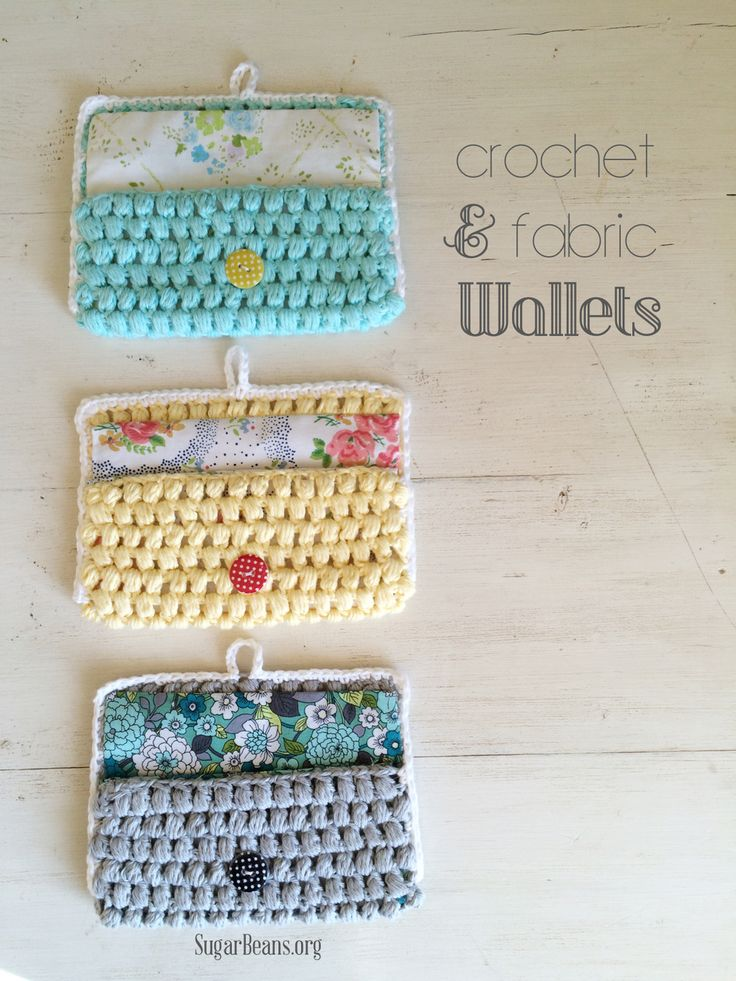 Crochet + fabric wallets - free pattern/tutorial  ༺✿ƬⱤღ  http://www.pinterest.com/teretegui/✿༻