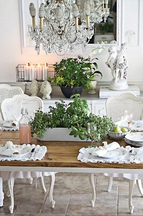 White and greenDining Rooms, House Design, Living Room Design, Shabby Chic, Design Interiors, Interiors Design, Design Home, French Country Dining, White Room
