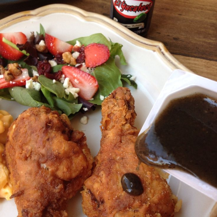 Texas Kickin' Fried Chicken, with Habanero Hot Sauce.