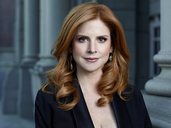 Sarah Rafferty - She has such perfect red hair!: Series Suits, Hair Colors, Red Hair, Donna Paulsen, Sarah Rafferty, Donna Suits, Paulsen Photo, Beautiful People, Hair Inspiration