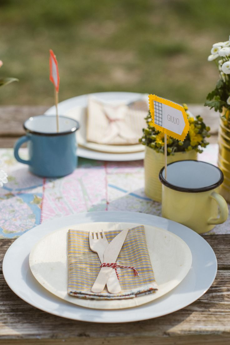 place setting on a camping table http://www.say-yep.com/issue1/