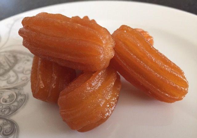 Ballı süper tulumba tatlısı tarifi için ziyaret edebilirsiniz.Tulumba nasıl yapılır?Evde tulumba tatlısı nasıl yapılır?Tulumba tatlısının püf noktaları ne