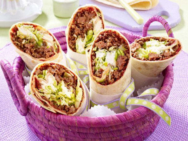 Unser beliebtes Rezept für Wraps mit Hack-Salat-Füllung und mehr als 55.000 weitere kostenlose Rezepte auf LECKER.de.