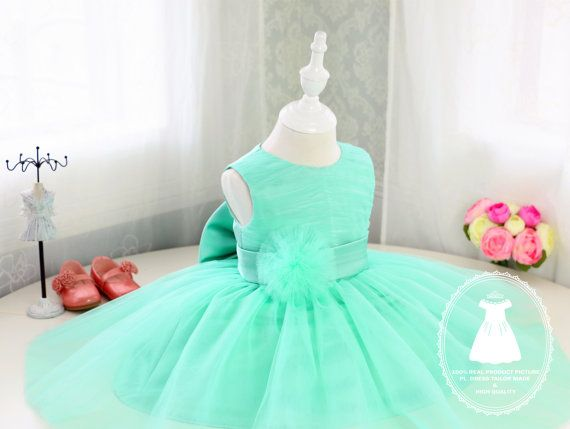 1000  ideas about Newborn Girl Dresses on Pinterest - Baby girl ...