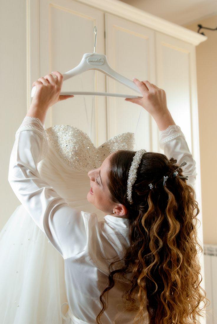 Bellissima Donatella  Dress and wedding accessories: #amatelier  ph: Diva Service
