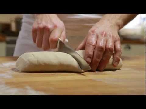 Pizzadeeg maken - Allerhande