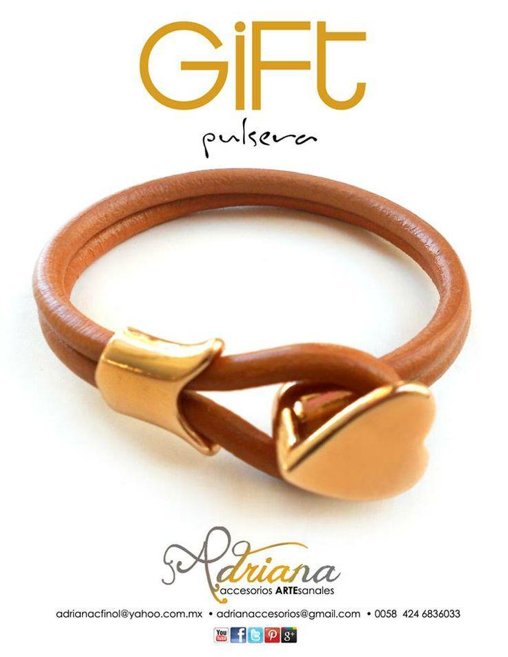 Continue the gifts...casual pulsera en cuero de chivo