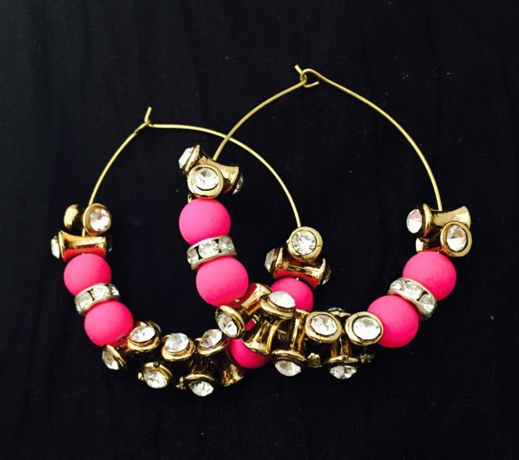 Now you can Buy and shop On whatsapp @ Reasonable Prices, Kindly Add us on :+91-9582282314 Price: 299 Rs  only✅ Casual light weighted Earrings Hurry Now, Order now!!! Complimentary Gifts on your First whatsapp Order
