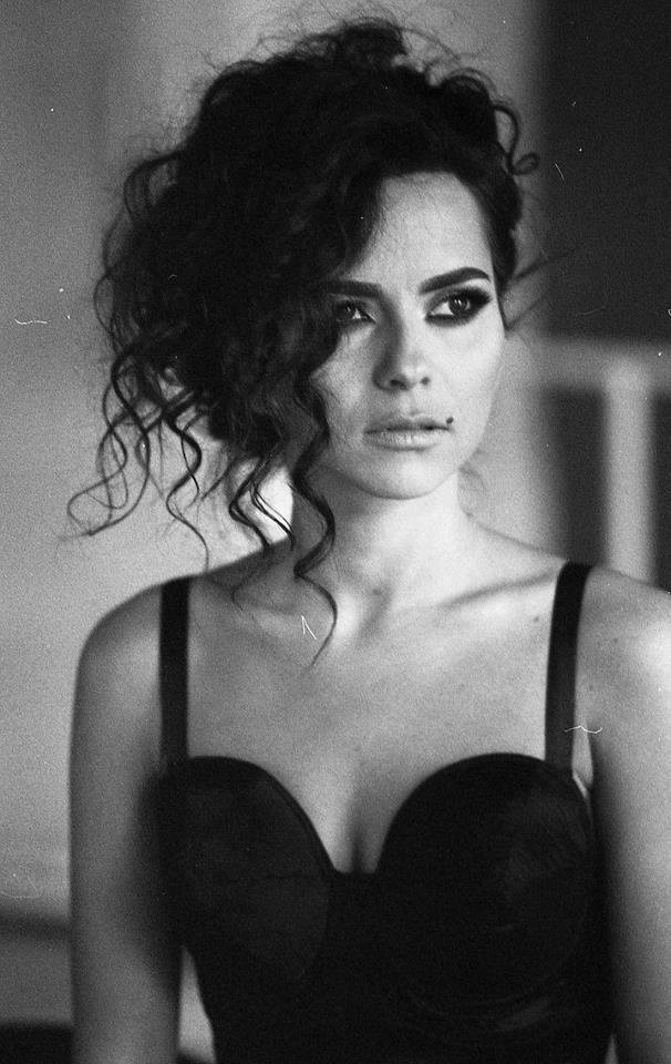 INNA - Romanian women are drop dead gorgeous. I'm just putting it out there