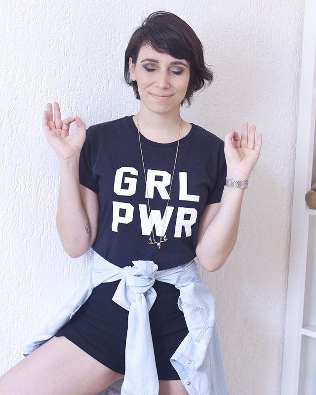 GRL PWR {1}