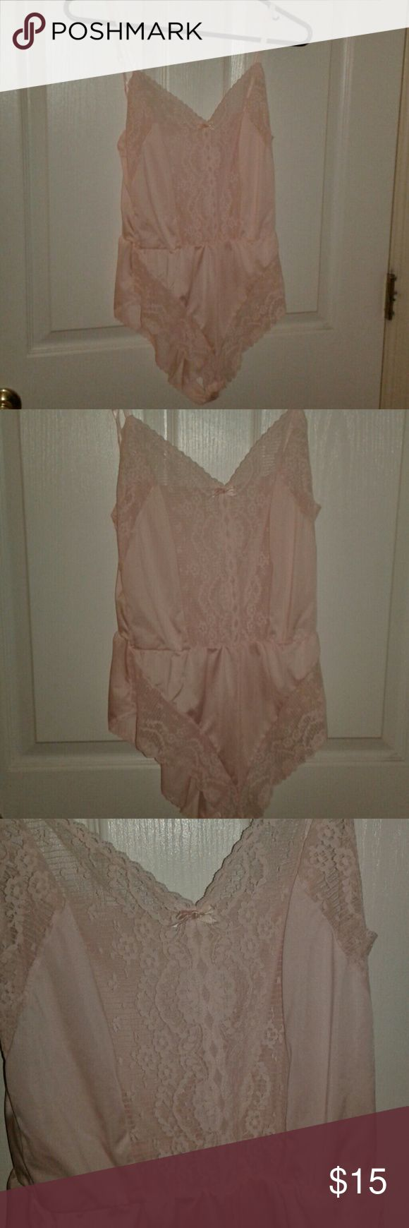 Playtex baby doll lingerie size M Adorable sofy pink baby doll lingerie.spagetti strap and sexy.lace,gathered waist pantie fit all in one Playtex Intimates & Sleepwear Chemises & Slips