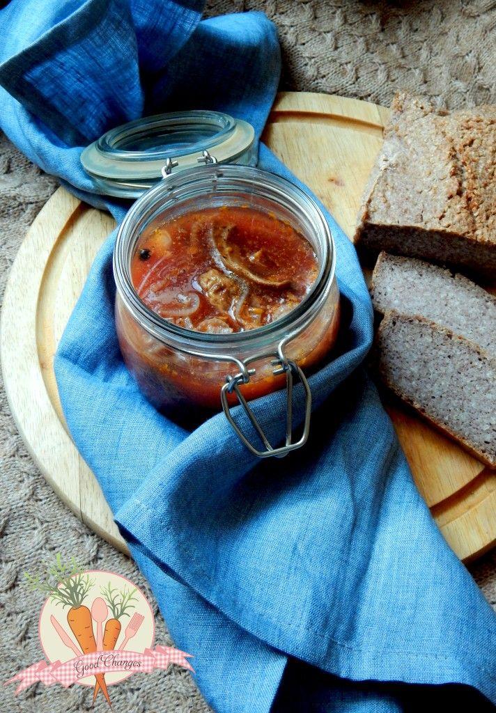 Marynowane boczniaki. Oystermushrooms in vinegar and tomato marinade.
