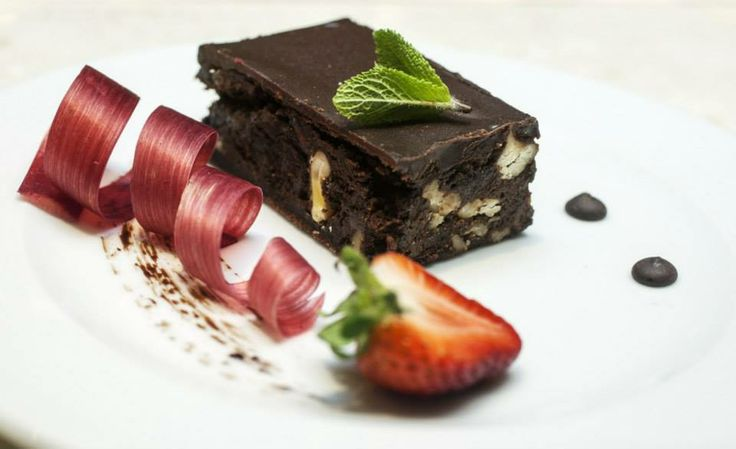 Enjoy sweets in Lobbybar, Hotel Kaskady #hotel #kaskady #restaurant #gastronomy #sweets #brownies