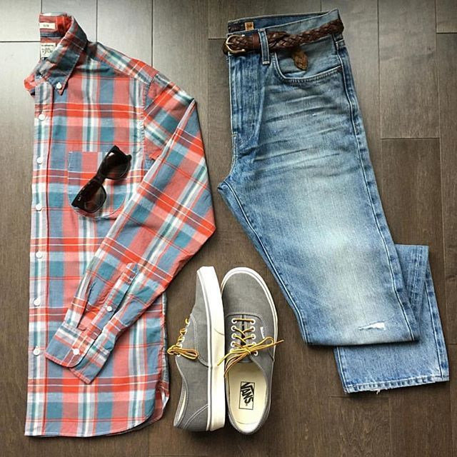 Plaid casual grid from @dressdinedash