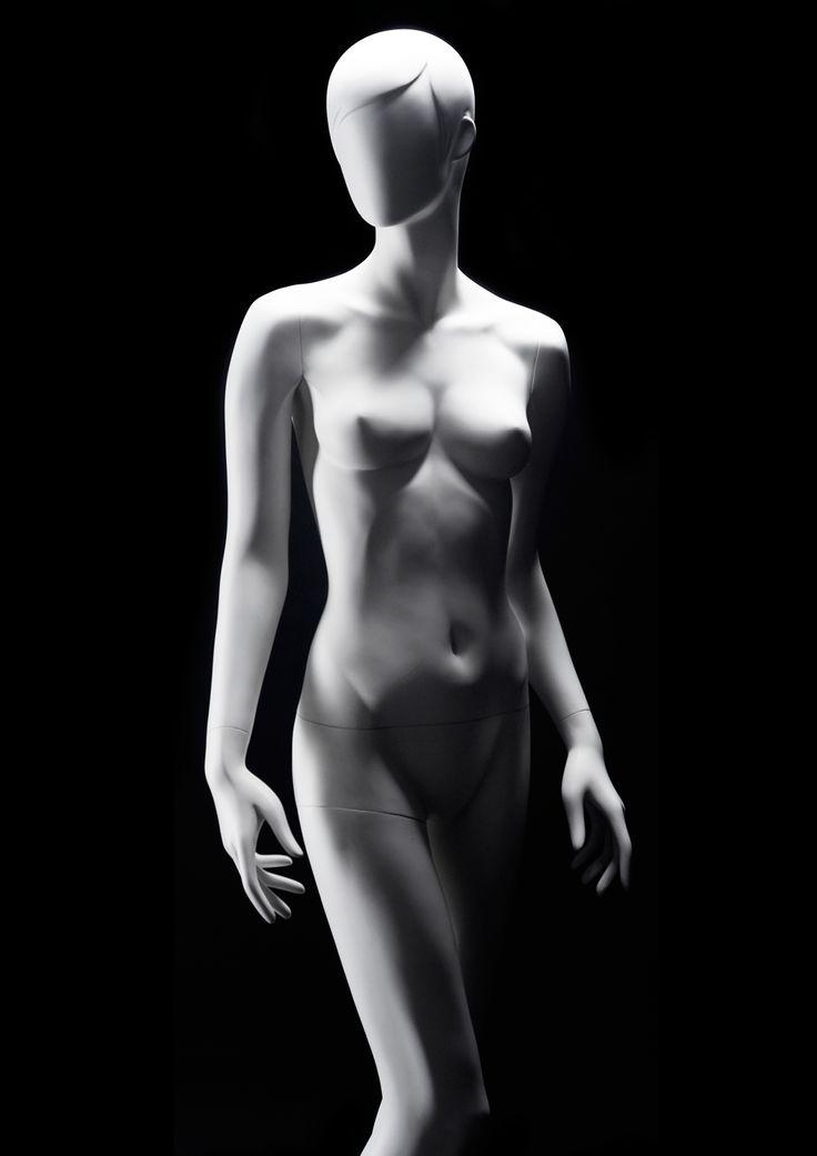 MISS VENICE Collection by More Mannequins #FemaleMannequin #fashion #sculpture