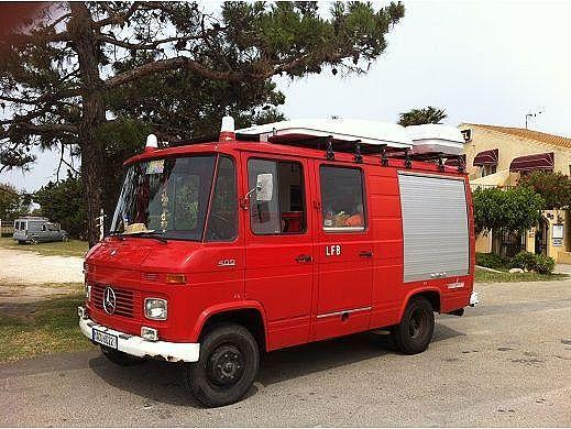 1000 images about camper mercedes on pinterest buses. Black Bedroom Furniture Sets. Home Design Ideas