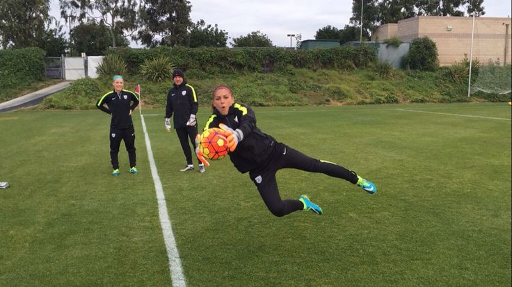 #JanuaryCamp | #RoadToRio | Alex Morgan as a goalkeeper