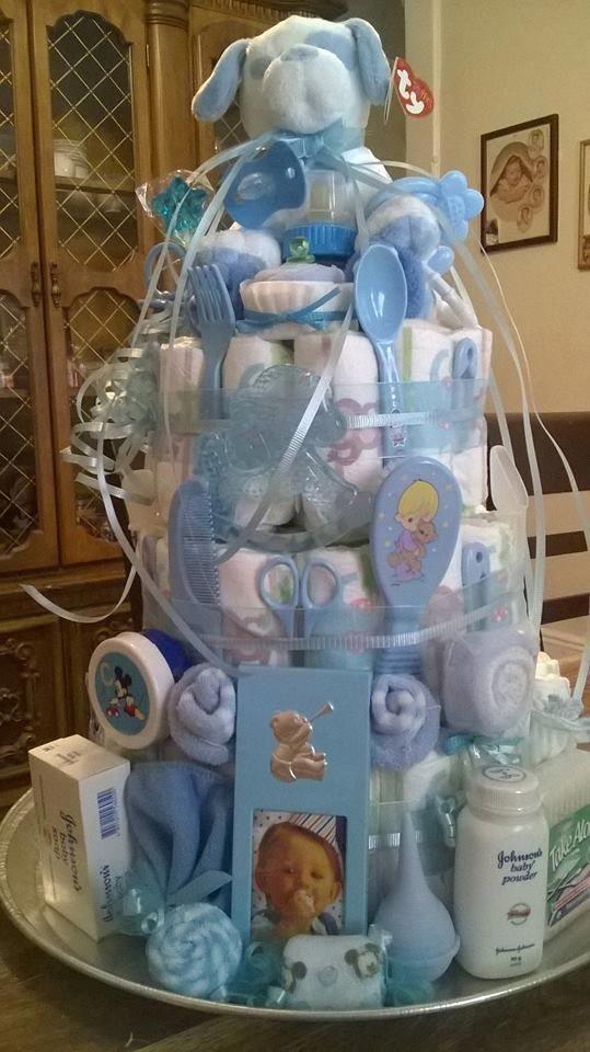 Windeltorte. Eine sehr schöne Geschenkidee für die Babypartyprinzessin & …   – Baby Diy