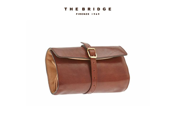 Leather Jewel Case from our Christmas Gift Ideas selection: the perfect Christmas gift for the classy traveller.  Available from our online shop.