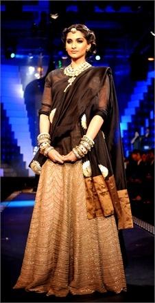 Sonam Kapoor - Vogue.it