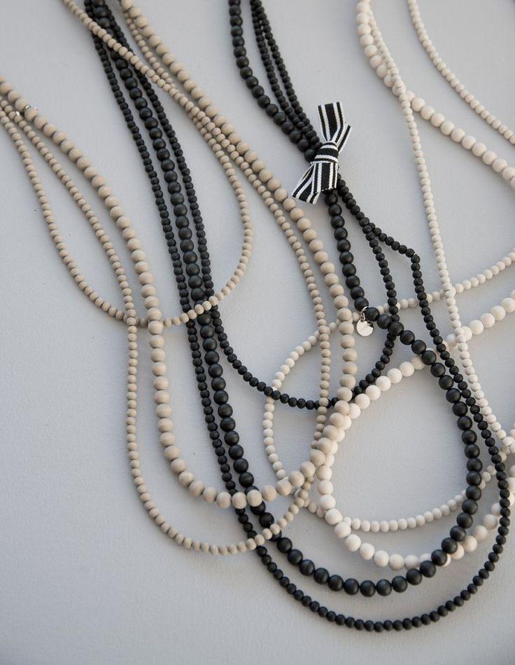 Kolmen kerho necklace