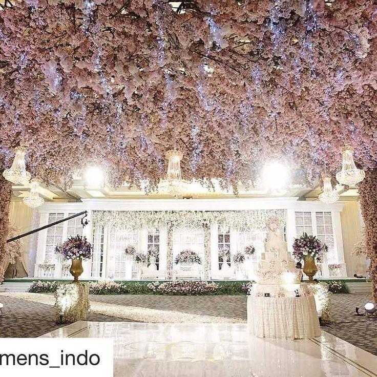 Thank you for trusting us #riyanmeiling to be your special wedding venue on your special day.  Great support by :  : @sheratongandaria  : @eugeneandfriends @linaeugene  : @de_sketsa_decoration  : @lumens_indo @lonira_oni @rensiswenas  : @eiffelcake @vyfiang  : @kairos_photograph  : @ranggakioefilm  : @clickzonephotobooth . .  #riyanmeilingwedding #sheratongrandjakarta #sheratongrandjakartagandariacity #sheratonwedding #sheratonballroom